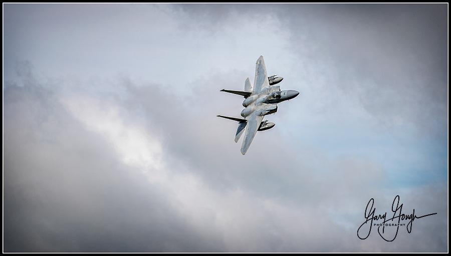 Mach Loop Jets